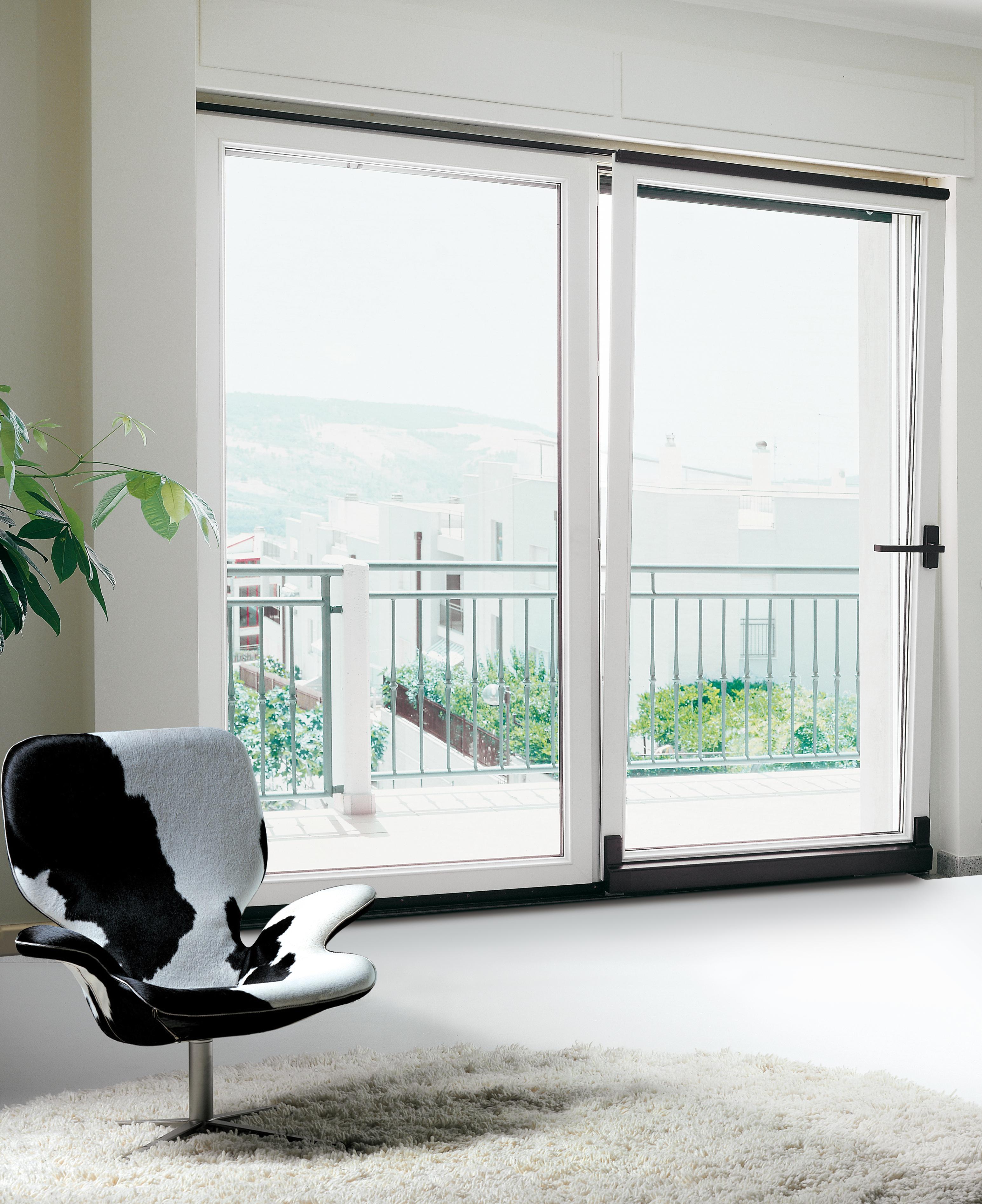 Progetto casa blindata da coserplast la prima finestra italiana blindata in pvc serramenti design - Porta finestra blindata ...