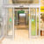 Negozio a porta aperta minimizzando sprechi energetici grazie ad una lama d'aria integrata