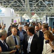 Il Ministro delle Infrastrutture e dei Trasporti Danilo Toninelli tra gli stand del SAIE