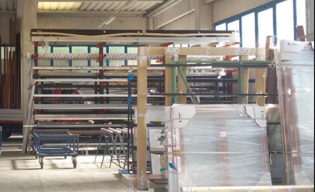Rischio fermo produzione piccoli produttori di serramenti