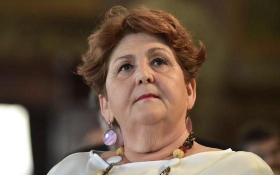 Teresa Bellanovaprima firmataria del ddl ordinario presentato in Parlamento per l'abrogazione dell'art.10