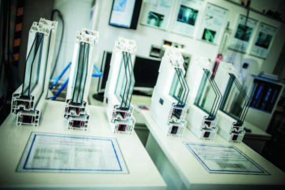 Profili PVC per serramenti Veka