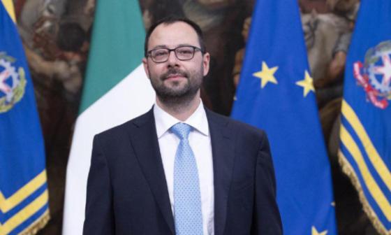 Ministro Patuanelli conferma in Parlamento eco e sisma bonus al 110%