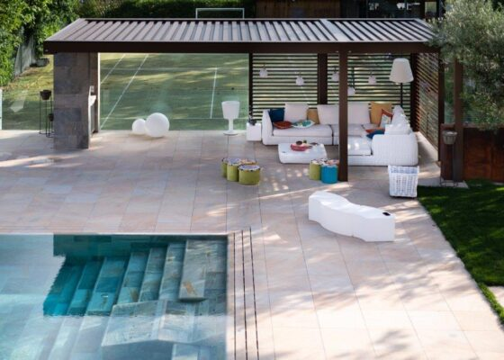 KE Outdoor Design e Piscine Castiglione stabiliscono partnership