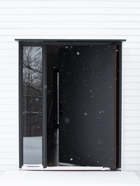 Porta a bilico: TRETOW sistema di cerniere pivot: System M di FritsJurgens (fotografia: Zach Peterson)