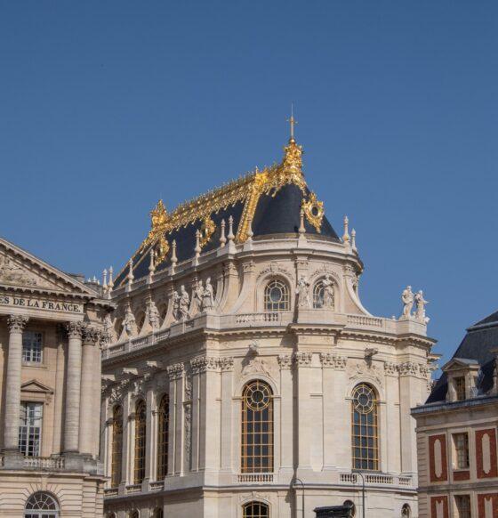 Saint-Gobain orgogliosa restauro vetrate Cappella Reale di Versailles