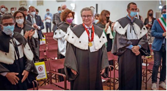 Klaus Fischer insignito del titolo di Dottore Honoris Causa