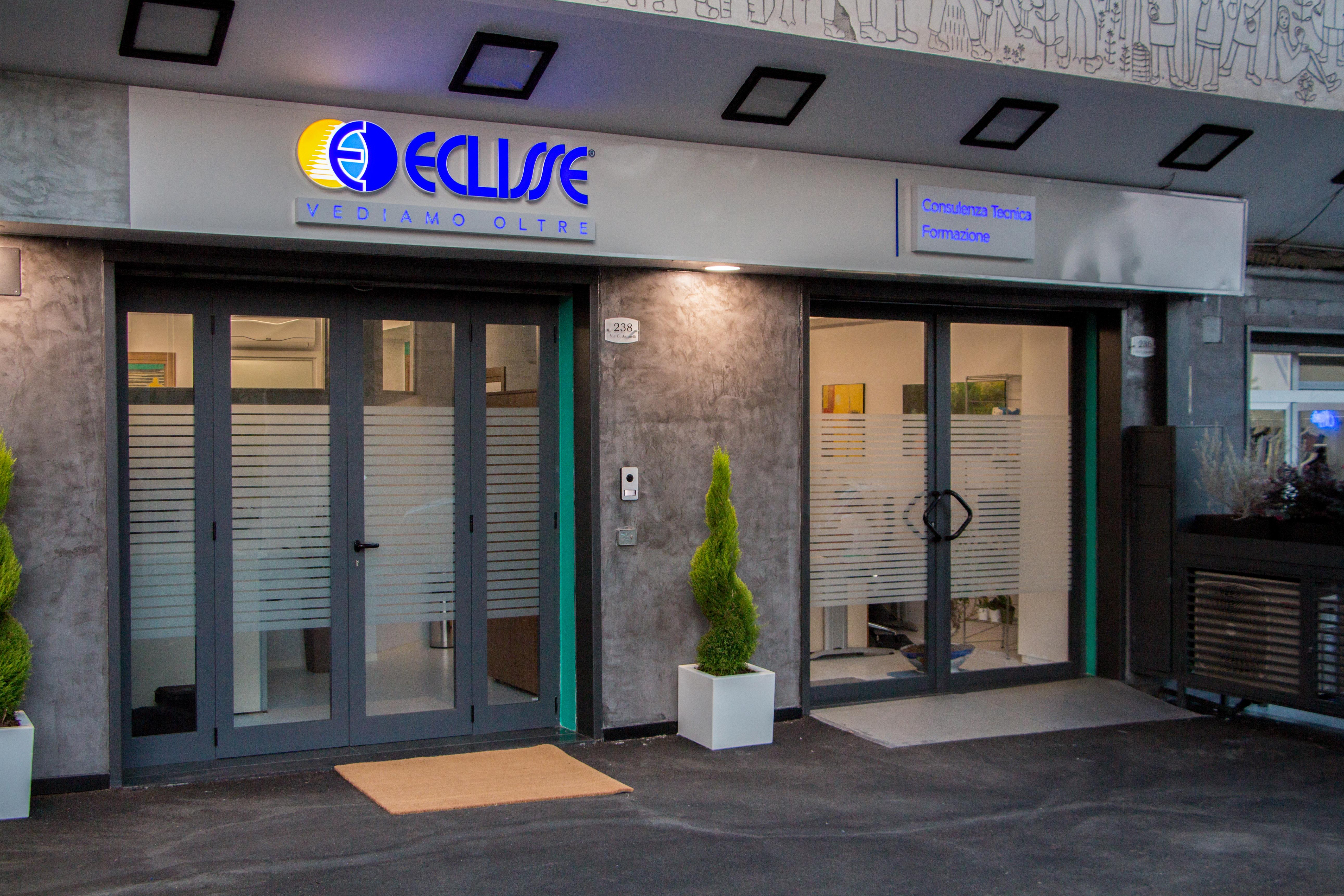 Inaugurato a Napoli primo showroom monomarca ECLISSE